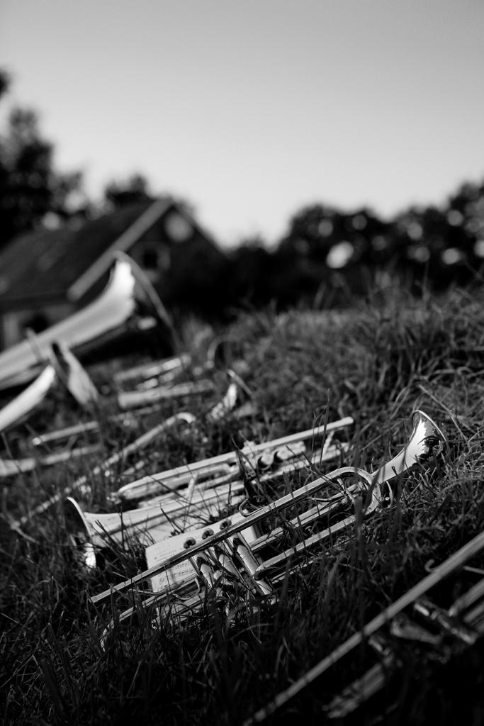Die Liebe hoeret nimmer auf - Eine fotografische Betrachtung zweier Orte in Ostf
